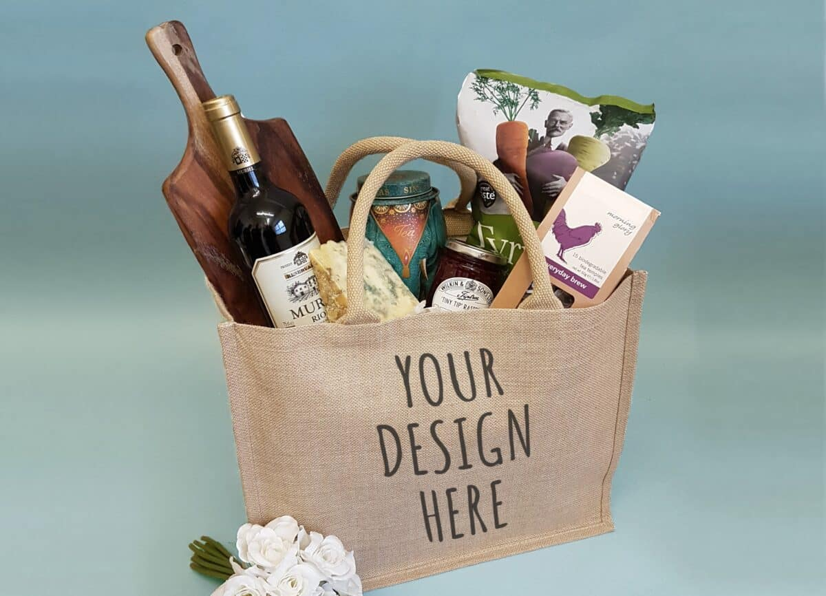 Jute bag hamper